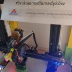 Sprzęt druk 3D przyłbic dla medyków Semicon